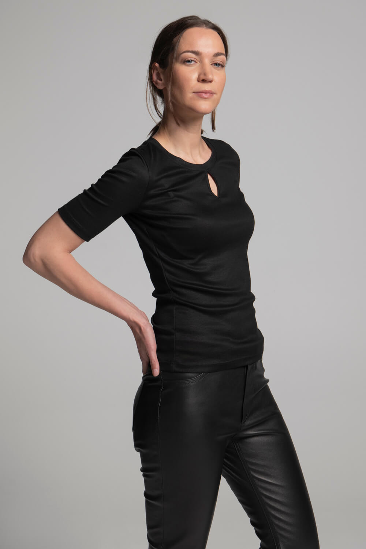 Damen Shirt Schlüssellochausschnitt| Damen T-Shirt schwarz | arrivato